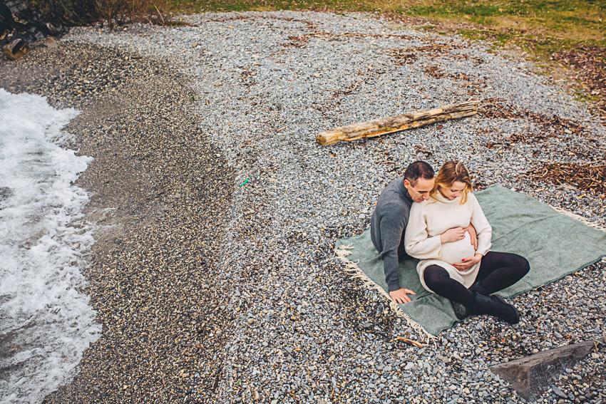 Maternity Photoshoot in Switzerland